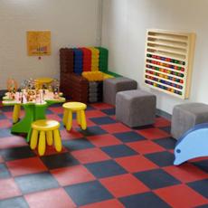 salle de jeux pour enfants dans un h tel advita. Black Bedroom Furniture Sets. Home Design Ideas