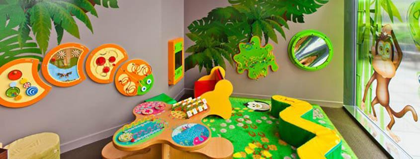 pr voir un espace enfant pour la client le familiale du restaurant advita. Black Bedroom Furniture Sets. Home Design Ideas